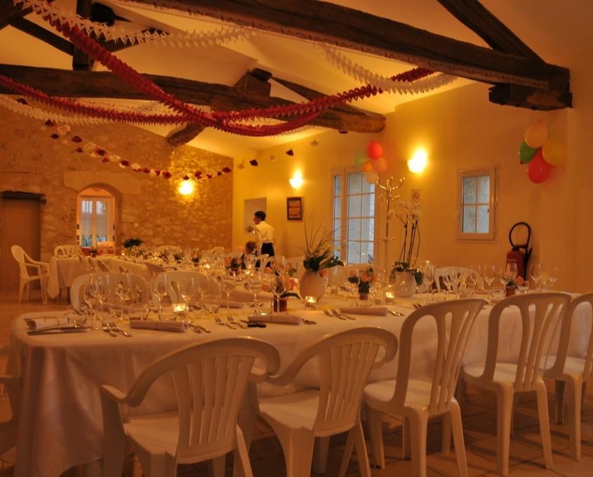 La Bastide Grande salle reception nuit